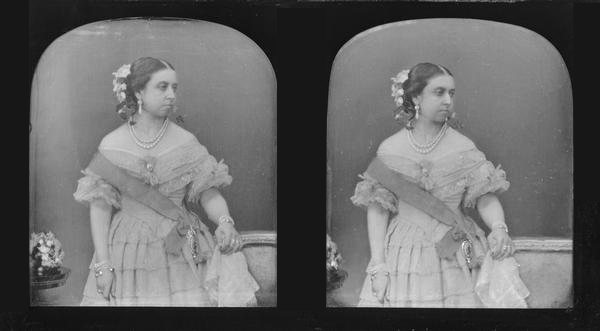1840 early photo of Queen Victoria | Grand Ladies | gogm