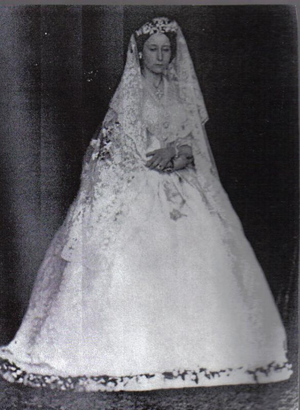 1862 Princess Alice's wedding dress