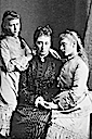 Princess Alice with Eisabeth (later Ella) to left and Victoria to right
