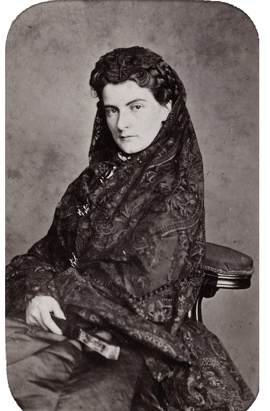 1870s (early) Queen Maria Sofia of Naples | Grand Ladies | gogm