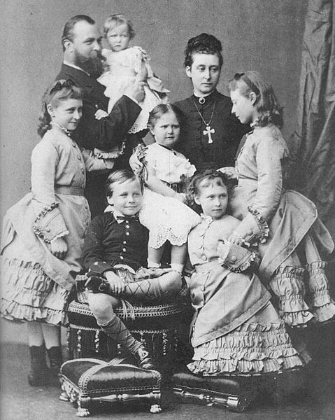 1878 Princess Alice and her family   Grand Ladies   gogm
