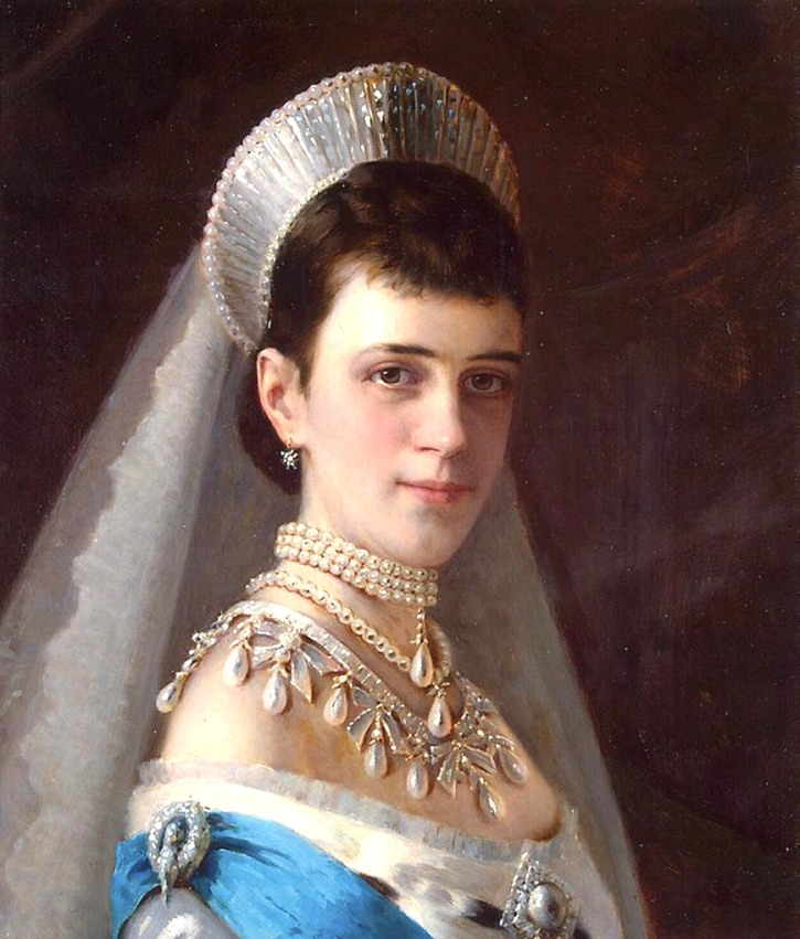 1880s Maria Feodorovna in a headdress decorated with pearls by Ivan Nikolayevich Kramskoi (Hermitage)