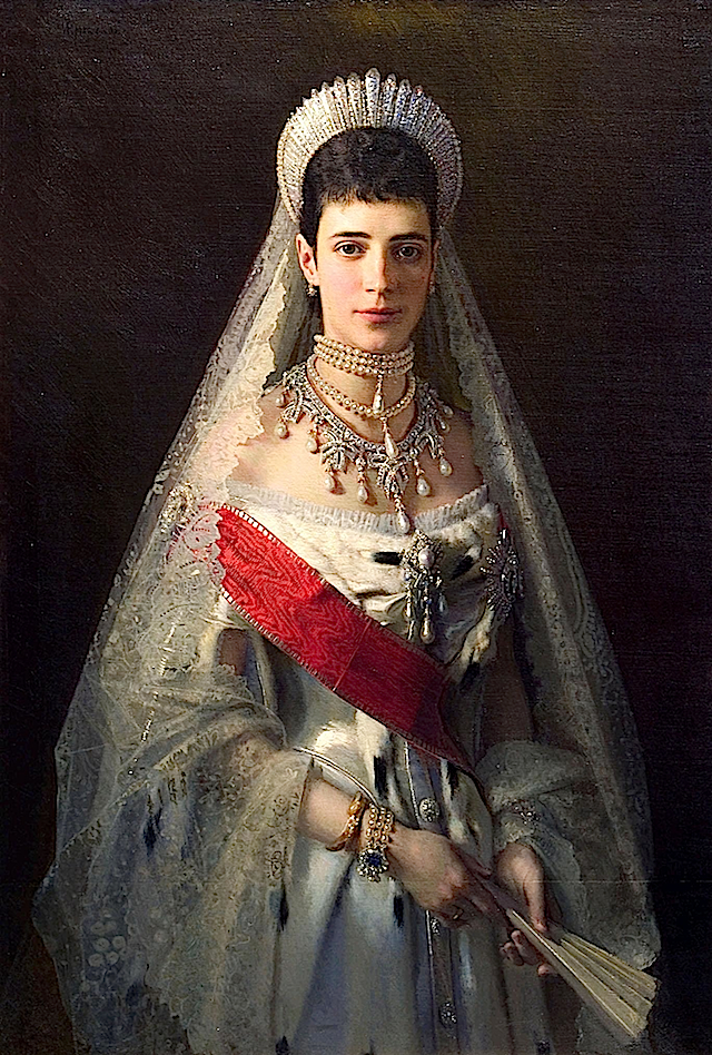 1882 Maria Feodorovna by Kramskoj (The Russian Museum, St. Petersburg)