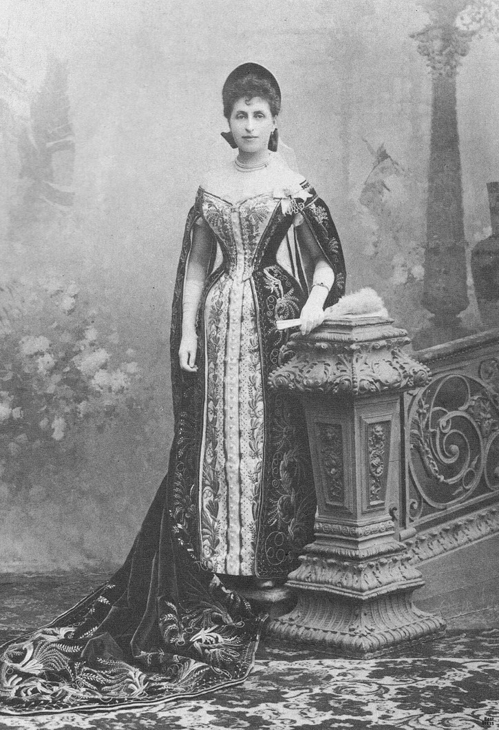 1890 Baroness Evgenia Fredericks (1867 - 1950), Maid of Honor to Maria Feodorovna, married to V. N. Voeikov From the lost gallery's photostream on flickr