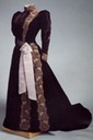 1890s Marie Feodorovna's embroidered dress of velvet, silk, and metal thread, moire ribbon by Worth (Hermitage)