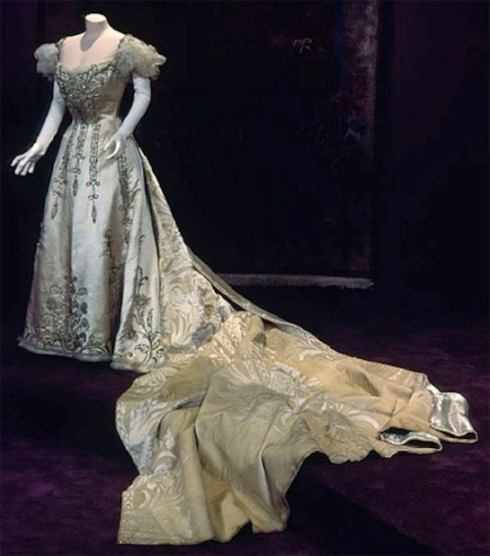 1892 Court presentation gown with detachable train - Silk satin, silk velvet, rhinestone, gold cloth, glass beads, net worn by Bertha Honoré Palmer by Charles Frederick Worth From blog.chicagohistory.org:index.php:2009:11:bertha-gets-a-new-gown: