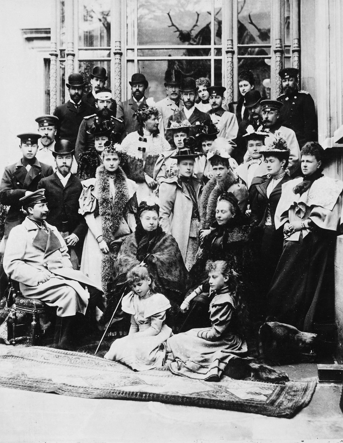 1894 (21 April) Victoria Melita's wedding at Coburg, Queen Victoria and  family by
