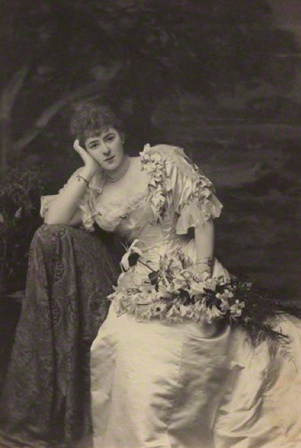 1895 Blanche Maynard, Lady Algernon Gordon-Lennox by Alice Hughes from theesotericcuriosa.blogspot of 18Jul11 (National Portrait Gallery, London)