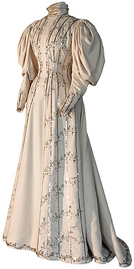 1895-1899 Alexandra visiting dress