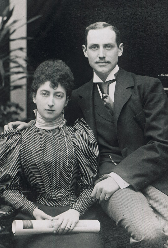 1896 Engagement of Princess Maud of Wales and Prince Charles of Denmark Royal DishxClara on 15 December 2010