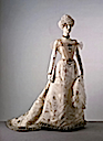 1900 Princess Alexandra's evening dress by Laferrière (Victoria & Albert Mueum - London UK)