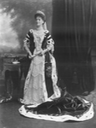 1902 Elizabeth Harriet, Marchioness of Ormonde, by Lafayette Photographic Studios (Victoria and Albert Museum - London, UK) From pinterest.com/tildaang/aristo/ X 1.5