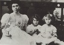 1906 Helena Vladimirovna of Russia, with her three daughters Elizabeth, Olga and baby Marina