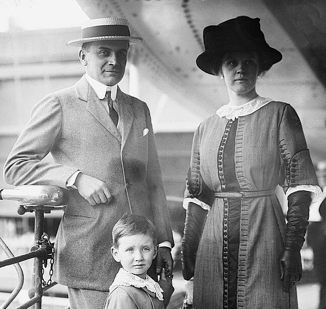 ca. 1914 Count Moltke with wife Cornelia, née Van Rensselaer Thayer and child LC Bain