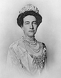1910 Victoria of Baden, Queen of Sweden