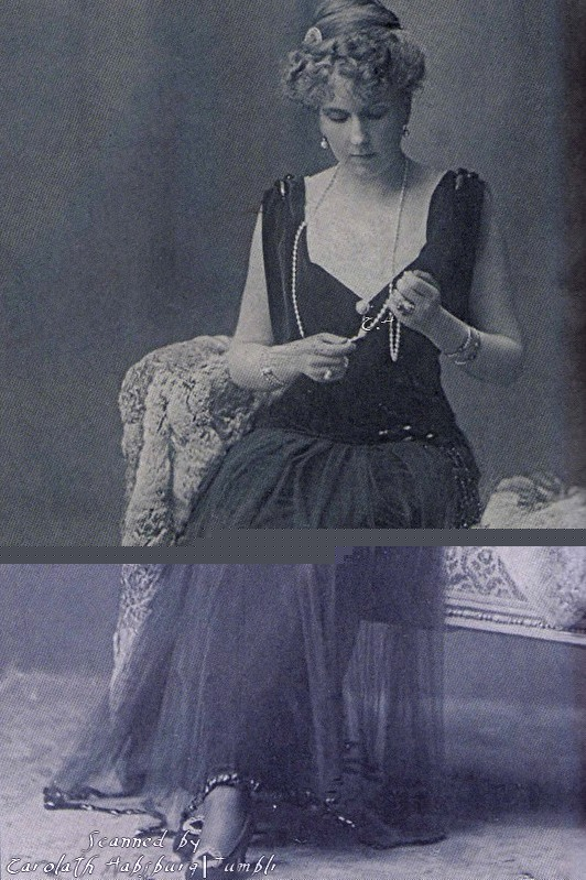 1910s (early) Queen Victoria Eugenia of Spain | Grand Ladies