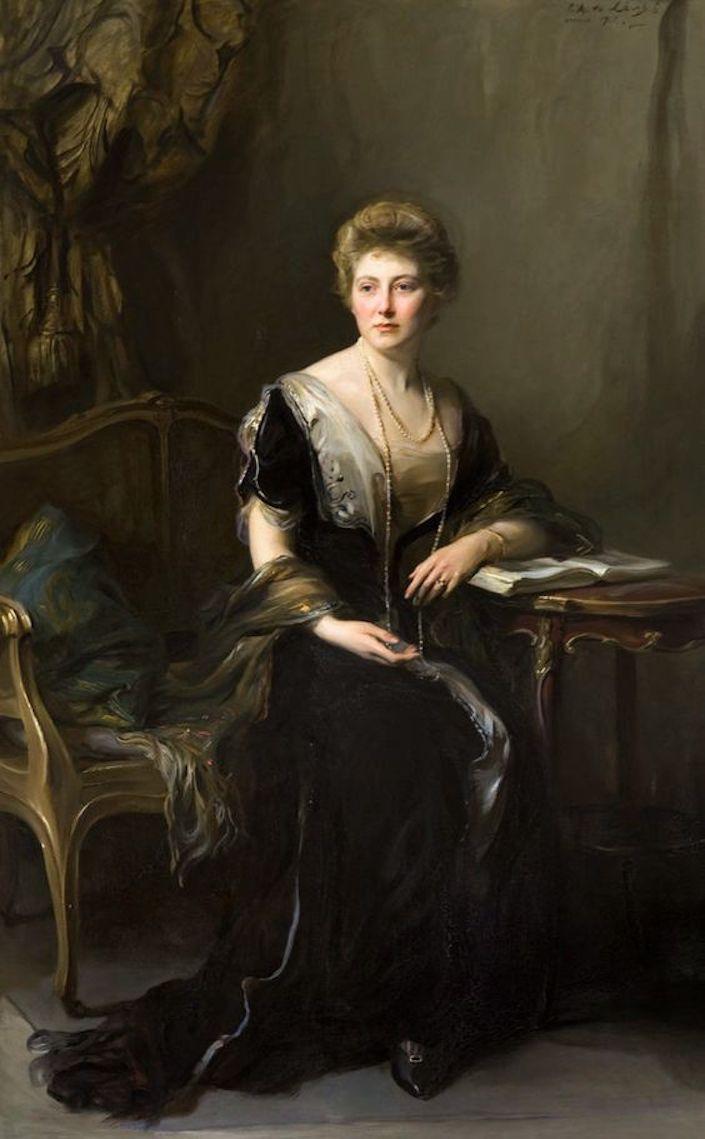 1912 Mary Louise Hamilton by Philip Alexius de László (location ?) From pinterest.com:annesaisuwan:elegant-portraits: X 1.25