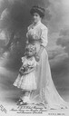 1907 (estimated based on age of child) Princess Maria Anna Bourbon-Parma, née Habsburg with her daughter Elisabeth