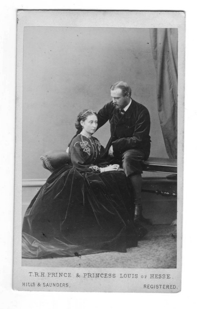 1865 (November) Alice and Ludwig of Hesse carte de visite by Hills & Saunders APFxAlexandre64 13Jan09