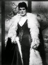 ca. 1895 Photo of Jennie Jerome by Herbert Barraud UPGRADE From vintag.es:2015:03:stunning-portraits-beautiful-women-from.html despot