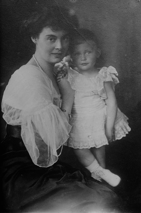 Cecilie Auguste Marie of Mecklenburg-Schwerin, probably with her son Prince Friedrich (b. 1911) LCBain