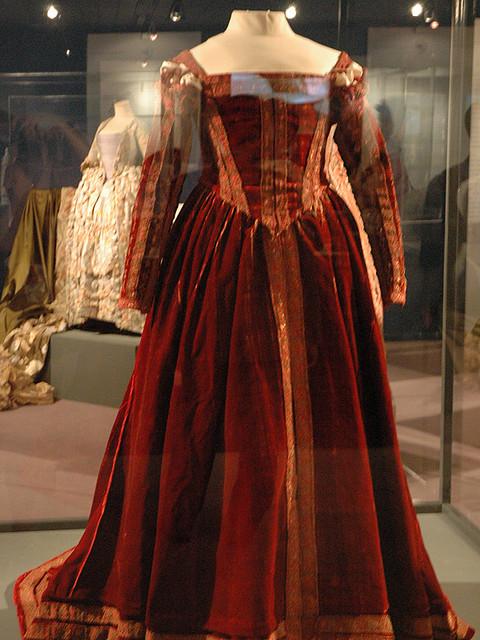 Dress That Belonged To 16th Century Fashion Icon Eleanor