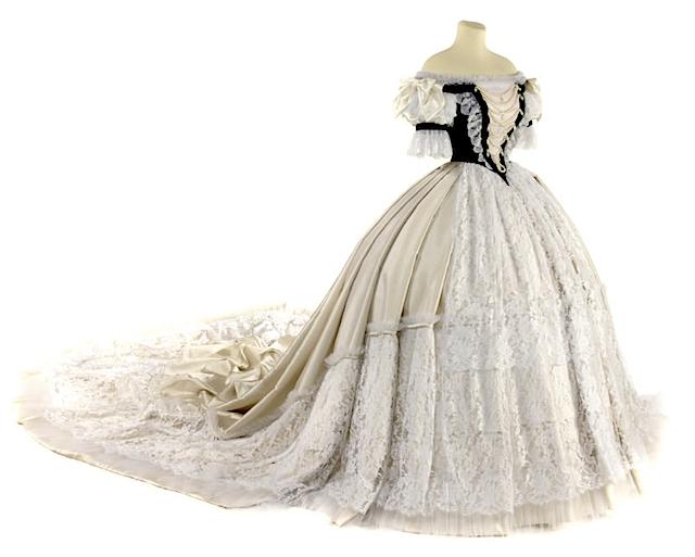 Hungarian gown APFxliljones1968 3Aug09