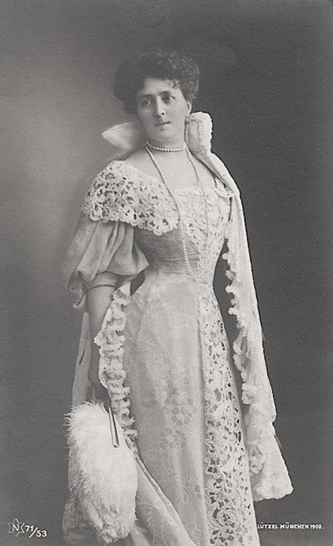 1905 Maria Josepha by Karl Lützel