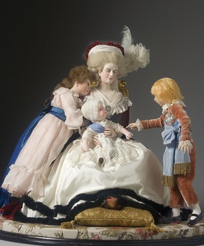1788 Figurine of Marie-Antoinette and her children after Vigée-Lebrun