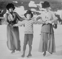 Mrs. Asquith (r.) and children at Murren