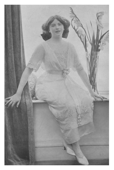 Nadejda Mikhailovna de Torby, née Romanov, Mountbatten, 2nd Marchioness of Milford Haven APFxSvetabel 18May11