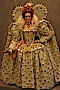 Queen Elizabeth Ditchley portrait figurine by Lady Finavon