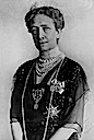 Victoria of Baden wearing a choker necklace